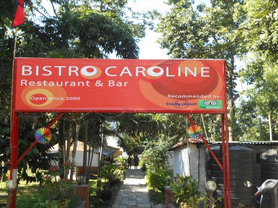 Bistro Caroline: Entrance to the restaurant