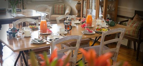 Rosetta House: Breakfast Table