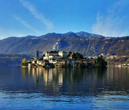 Orta San Giulio, Italie : view from square