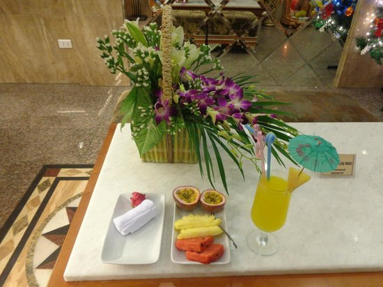 Golden Art Hotel: Welcome amenity during check in at Art Trendy