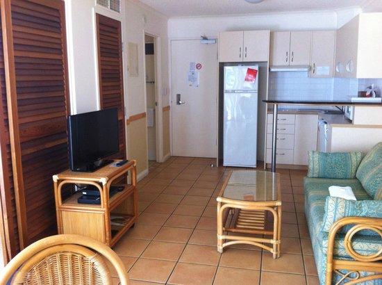 Breakfree Alexandra Beach Premier Resort: 1 Bedroom - Living