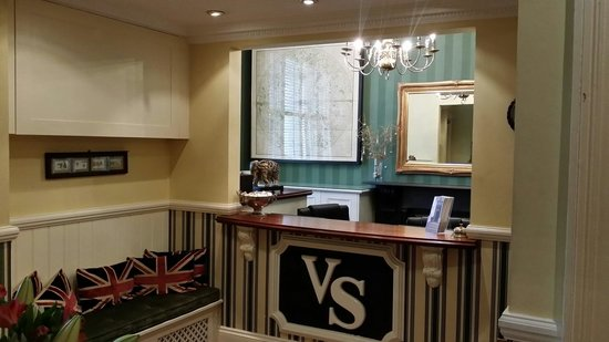 Vancouver Studios : La recepcion.