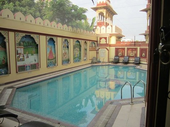 Umaid Bhawan Heritage House Hotel: pool