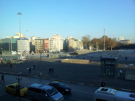 The Marmara Taksim: Taksim square from hotel