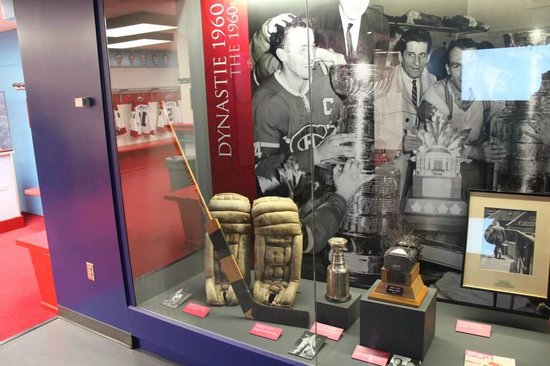 Montreal Canadiens Hall of Fame: Authentic hockey gear