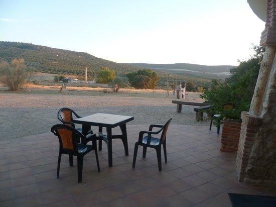 Paraje la Lambra: exterior del hotel-terraza