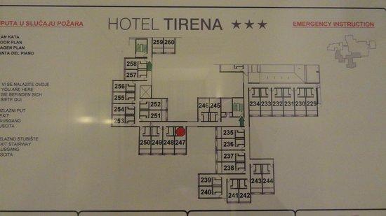 Tirena Hotel : ホテルの部屋