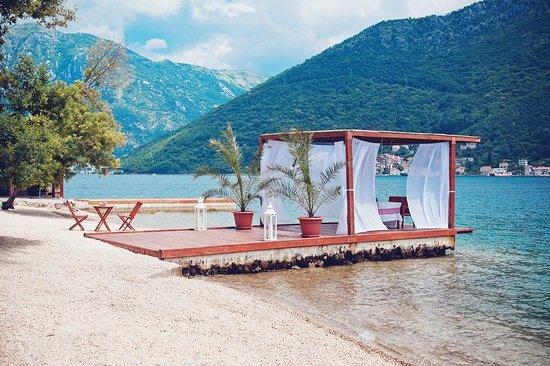 Casa del Mare: beach wedding