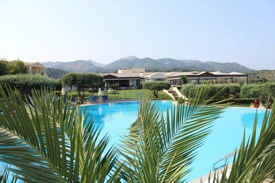 Mareblue Beach Resort: Piscine de détente
