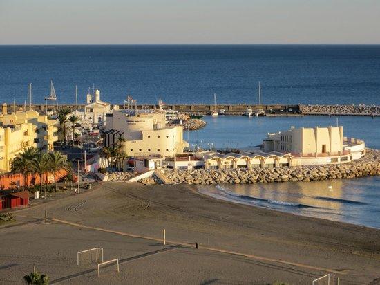 Best Tritón: View of harbour