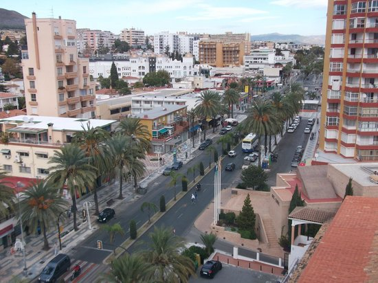 Hotel Best Tritón: View of main road