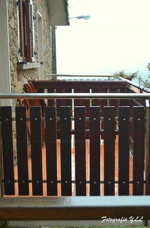 Casa Fontequeiroso: Balcones de las habitaciones