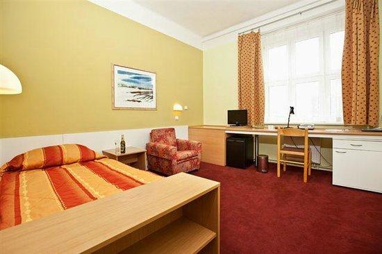 Hotel Slovan : Single room