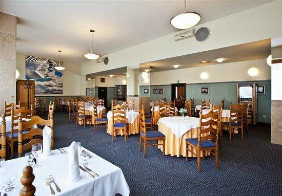 Hotel Slovan: Restaurant