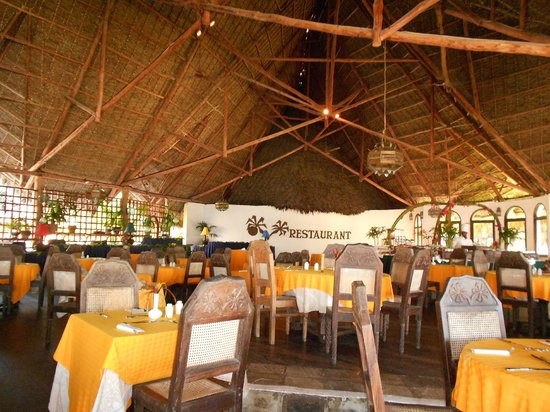 Blue Bay Village: sala ristorante