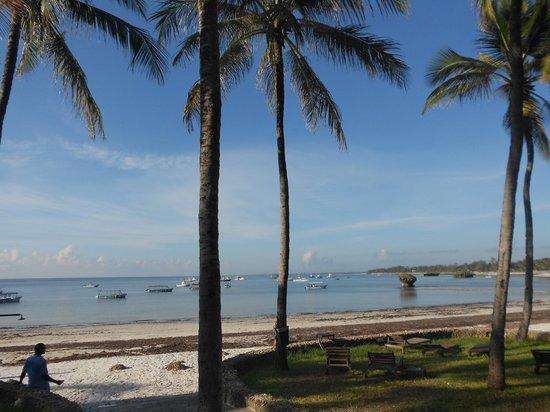 Blue Bay Village: vista della spiagia