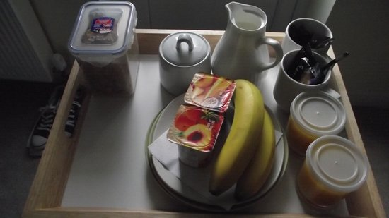 Orchard Cottage Bed and Breakfast: Breakfast1