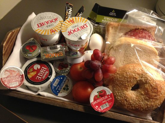 Reykjavik Residence Hotel: breakfast tray (delivered every evening)