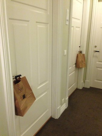 Reykjavik Residence Hotel: bread fairy delivery!