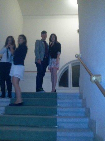 Teatrul National Vasile Alecsandri: The Stairs