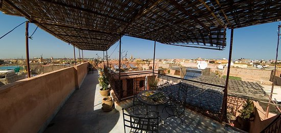 Riad Bounaga: The terrace