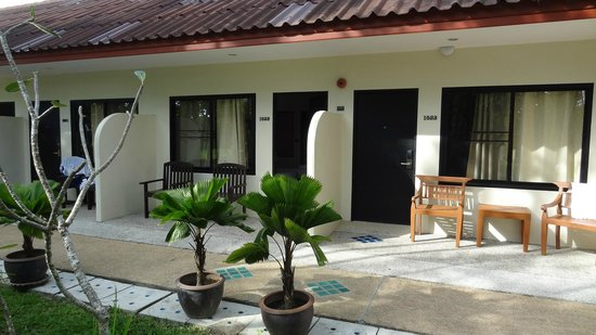 Deevana Patong Resort & Spa: Zimmer