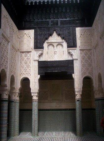 Kairaouine Mosque (Mosque of al-Qarawiyyin): L'unica foto dell'interno che sono riuscita a fare.
