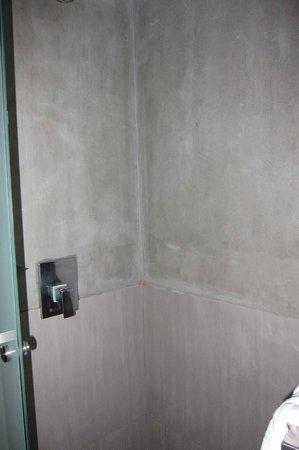 Lub d Bangkok Siam: Shower
