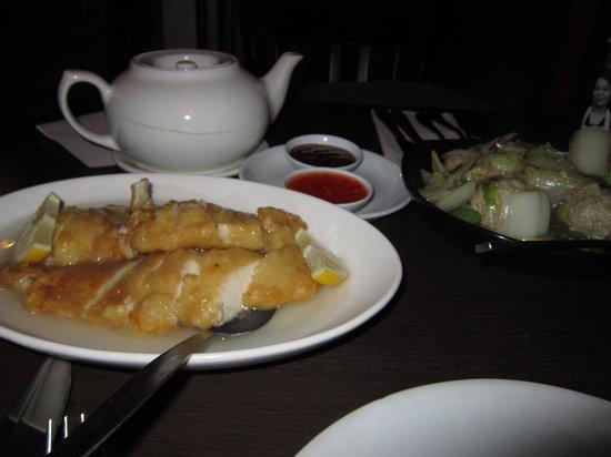 Sweet Mandarin: Lemon chicken