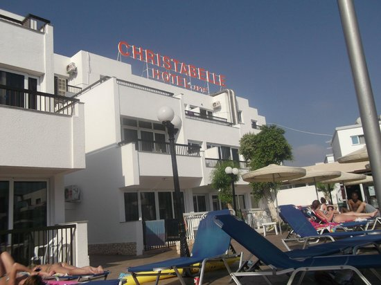 Christabelle Hotel Apartments: Hotel