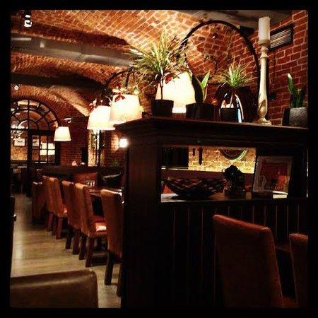 Bison Steak House: внутри
