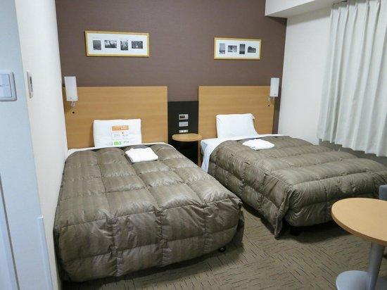 Comfort Hotel Naha Prefectural Office: ツインを一人で利用