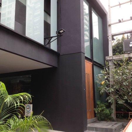 Aspira Hiptique: Hotel Entrance View
