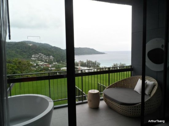 Foto Hotel: view from ocean hall room (with outside tub)