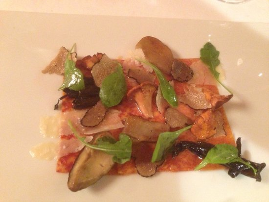 Restaurante Akelare: Pasta tasted like Iberico - delicious