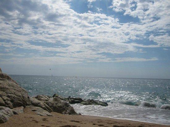 Fragata Hotel : пляж