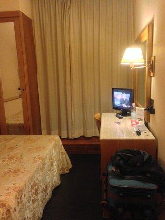 Hotel Giolli Nazionale: Camera