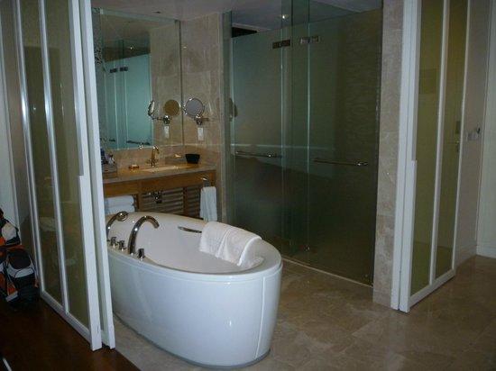 InterContinental Hua Hin Resort : Bathroom
