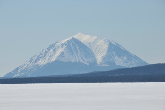 Little Atlin Lodge: Mt Minto