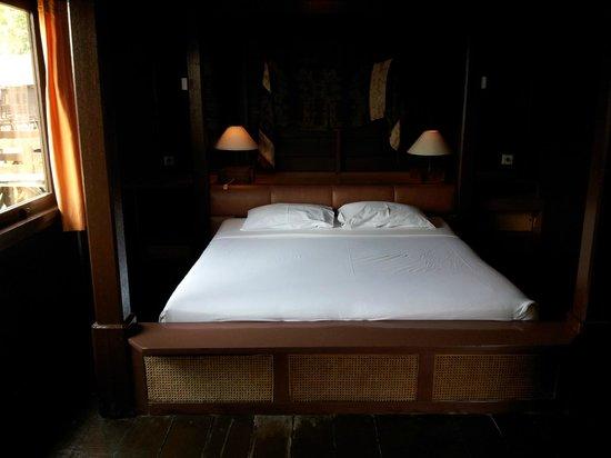 Pulau Ayer Resort & Cottages : Pulau Ayer / Bedroom / Chambre