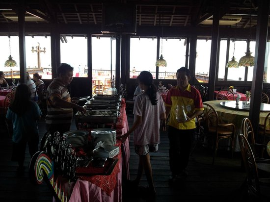 Pulau Ayer Resort & Cottages : Pulau Ayer / Restaurant