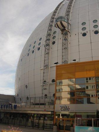 Quality Hotel Globe : değişik bir mimari