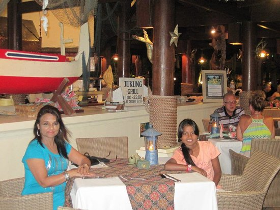 Grand Mirage Resort : Jukung Grill, just outside the hotel but on the premises