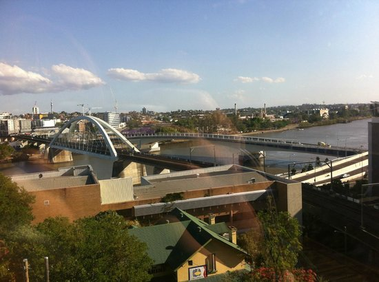 Brisbane City YHA: The view from the roof :)