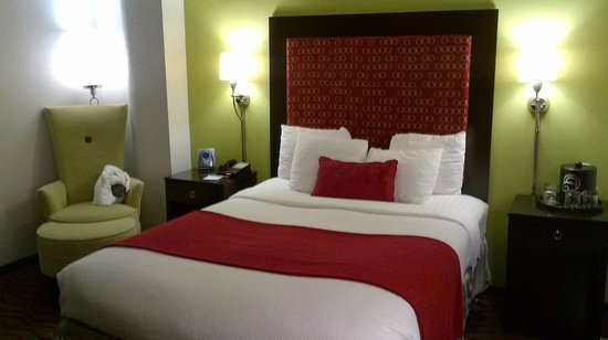 Holiday Inn Aladdin: Room