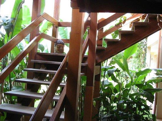 Hotel Pousada da Lagoa: detalhe da escada externa