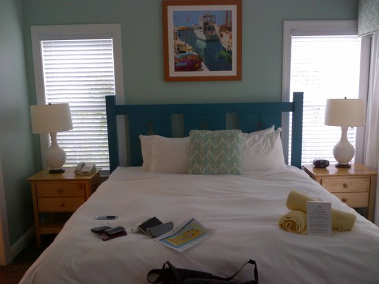 Parrot Key Hotel and Resort: schlafzimmer ecksuite