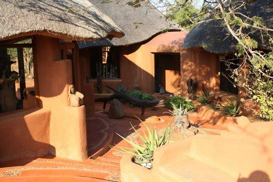 Leshiba Wilderness: Venda Village Lodge Kamers