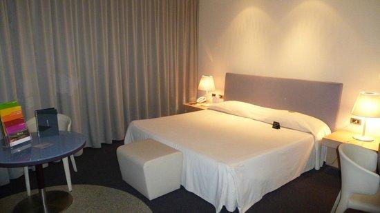 T Hotel: Deluxe room