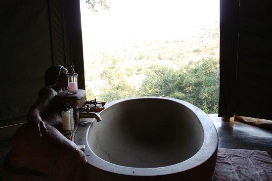 Leshiba Wilderness: Badkamer voor gezamenlijk gebruik